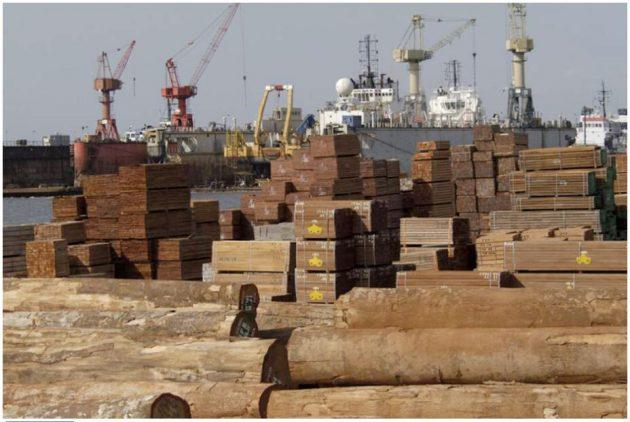 Holzhafen, Douala