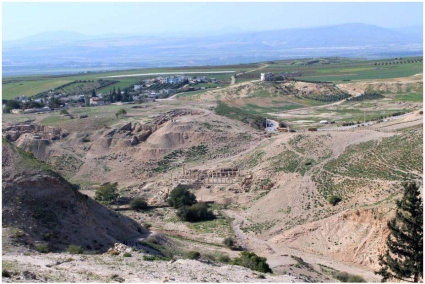 Ancient Pella and the Jordan Valley